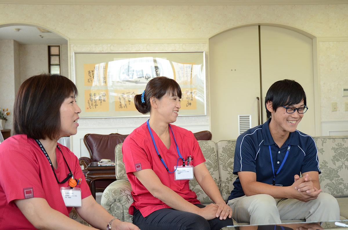原さんと尾崎さんと小森さんの写真