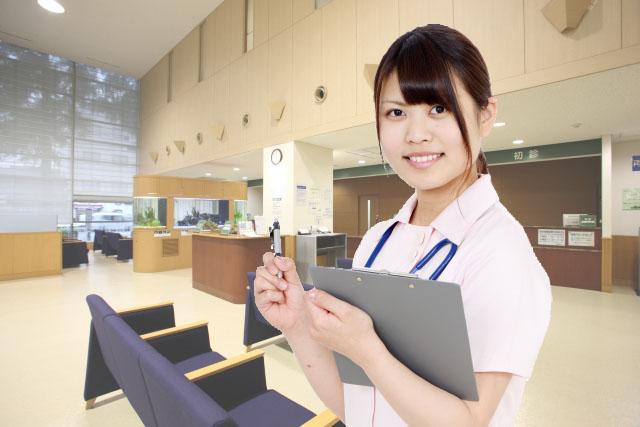 患者と病院の相互理解を深めるために働く医療コンシェルジュの写真